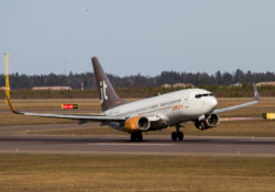 Jet_Time_Boeing_737-300_(25861453793)