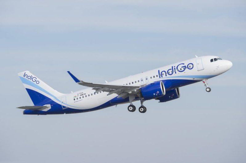 A320neo_Indigo_take_off