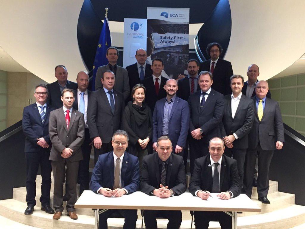 Historisk aftale: Ryanair-piloter stifter fælleseuropæisk pilotforening