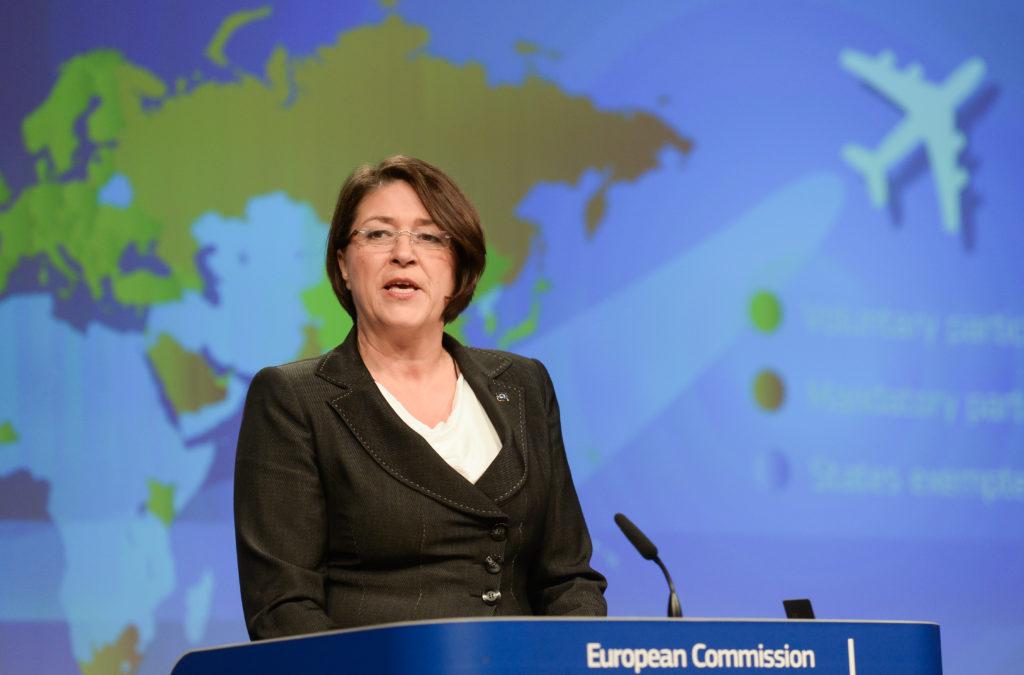 Redaktionen forklarer: Hvad gør EU ved social dumping i luftfarten?