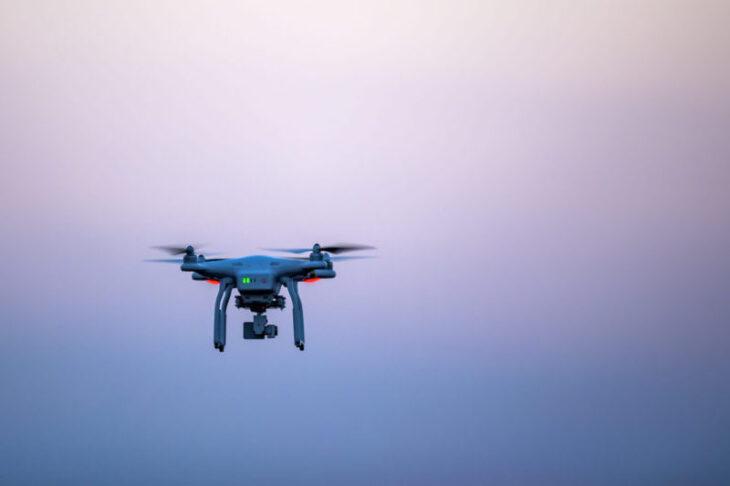 Flere droner flyves tæt på danske lufthavne - luftfart.nu