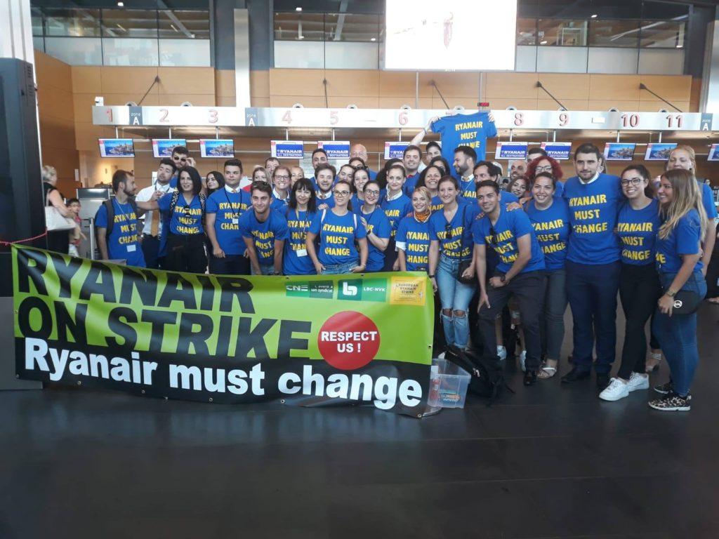 Et år efter overenskomst-løfter: Lang vej endnu for Ryanair