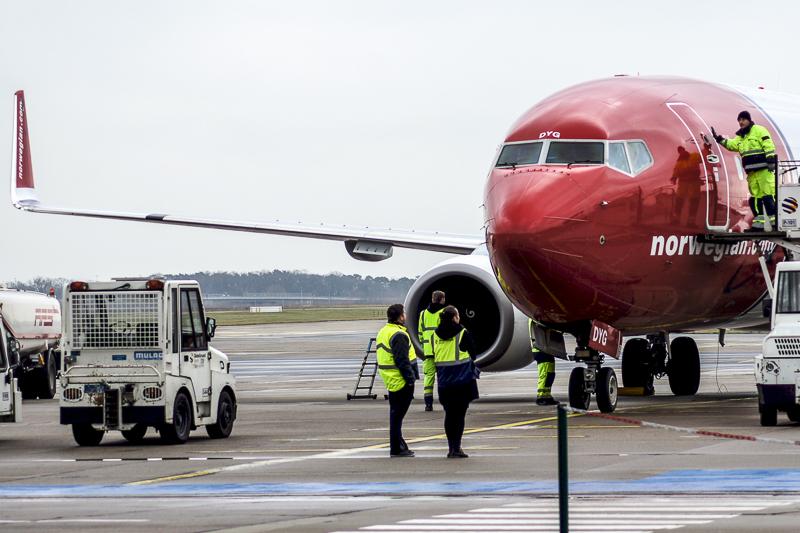 Usikker fremtid for 789 Norwegian-ansatte efter lukning af baser