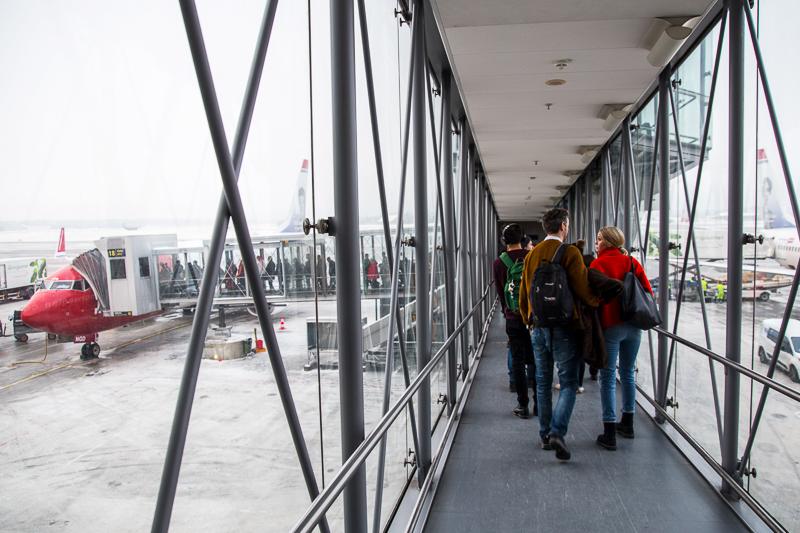 Passagererne strømmer til Norwegian, men gælden vokser