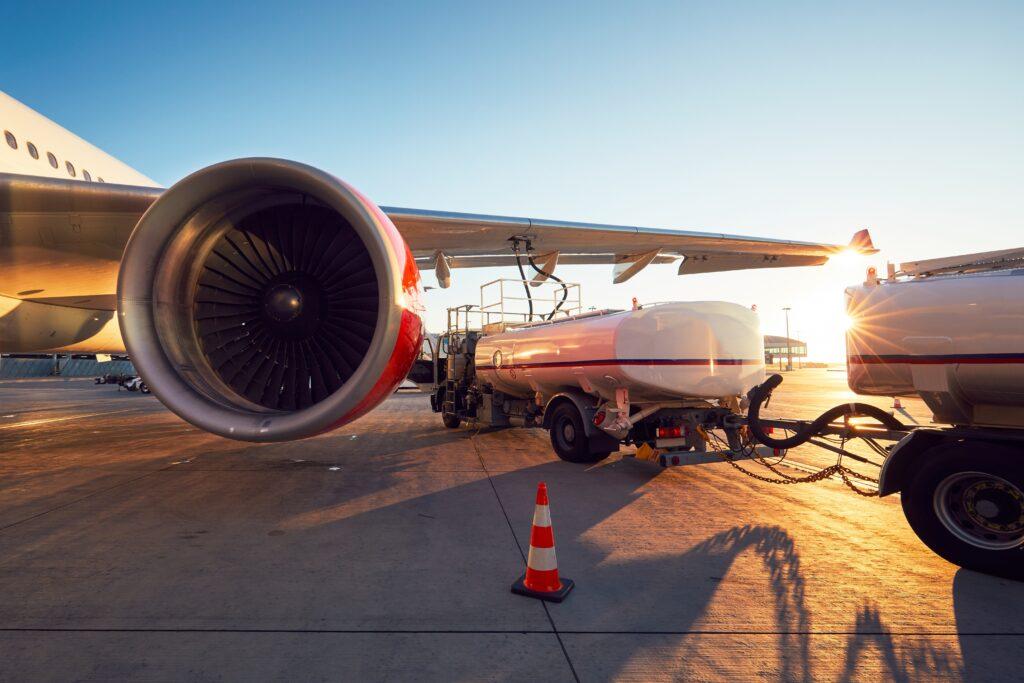 Luftfartsbranchen holdes oppe af lønkompensation - luftfart.nu